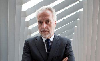 Dr. Martin Roth