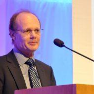 Begrüßung durch Prof. Dr. Michael Weber